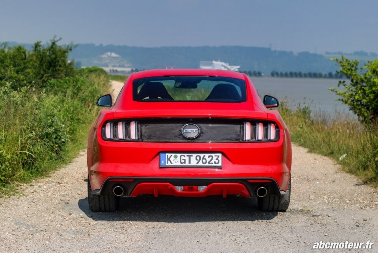 Ford Mustang Fastback GT exterieur-14