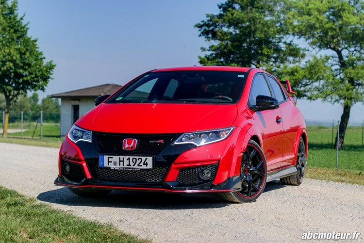 avant Honda Civic Type R FK2