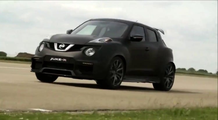 le nissan juke r 2 0 de 600 ch fait parler la poudre. Black Bedroom Furniture Sets. Home Design Ideas