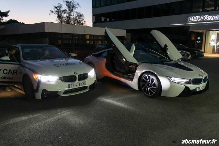 BMW M4 Safety Car i8 phares