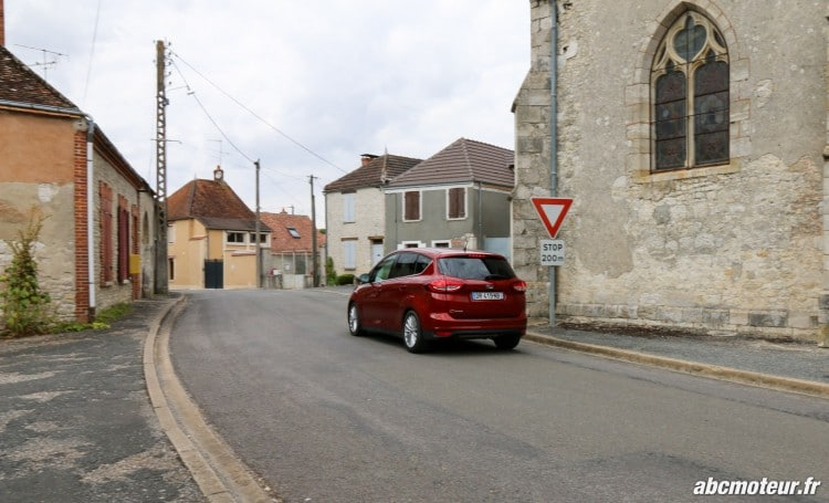 Ford C-Max II restyle dynamique ville