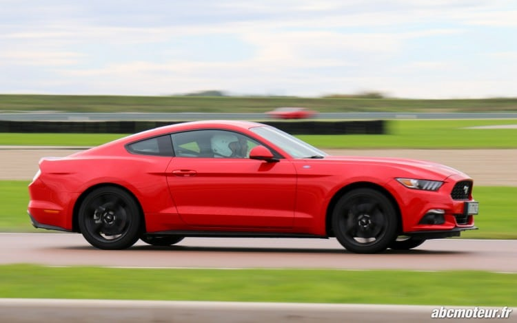 Mustang Fastback EcoBoost Ford Performance Day-5