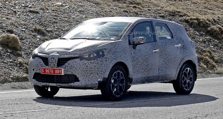 Renault Grand Captur spyshot