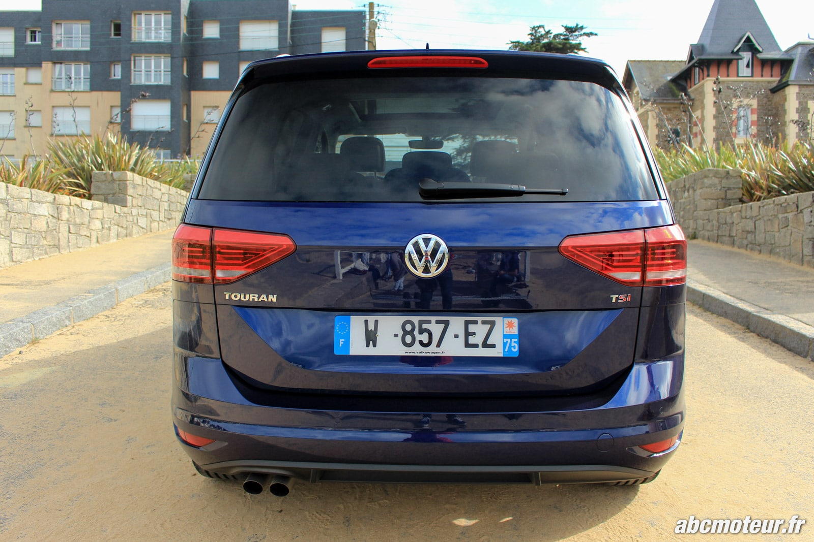 essai volkswagen touran iii tsi 150 dsg7 la pointe. Black Bedroom Furniture Sets. Home Design Ideas