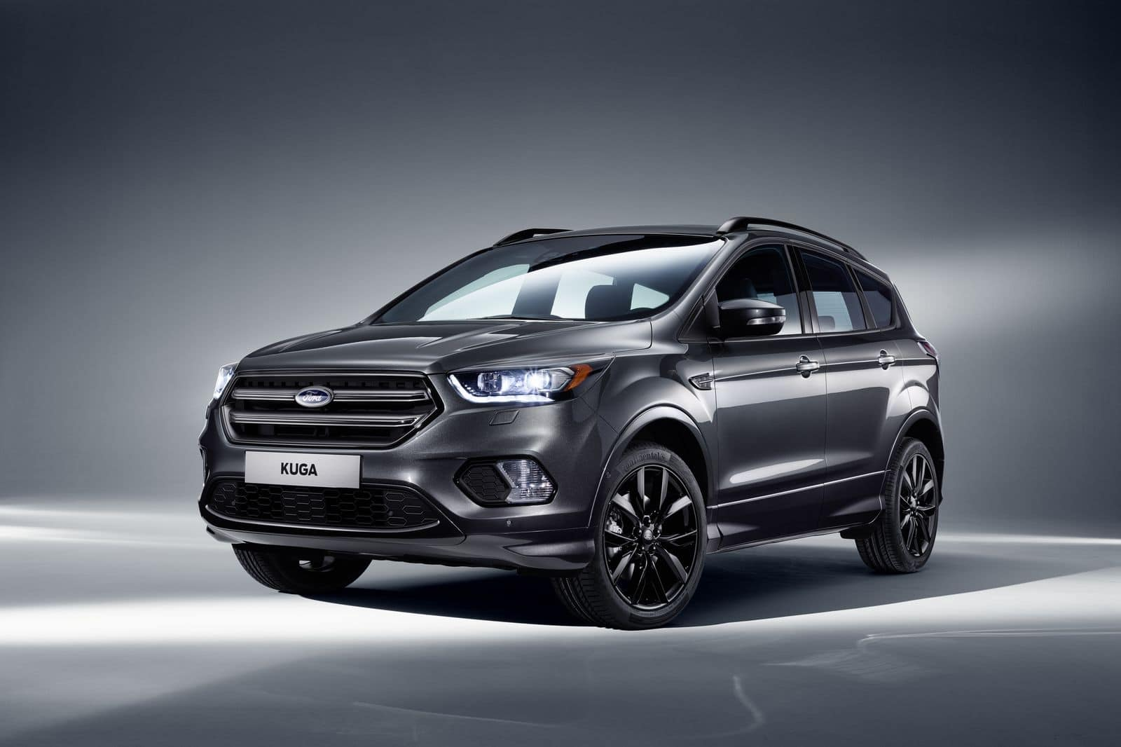 Ford Kuga restylé : un air de K2000