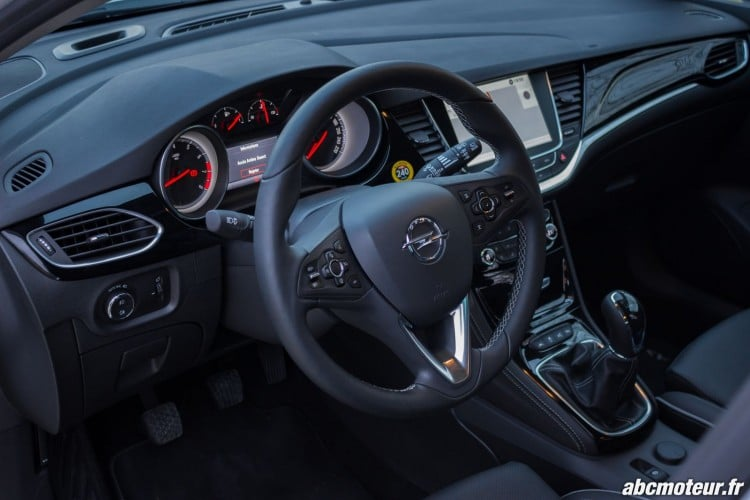 Opel Astra Interieur - 7