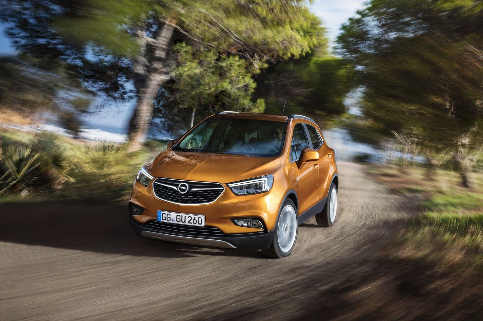 opel mokka x le petit suv se refait une beaut. Black Bedroom Furniture Sets. Home Design Ideas