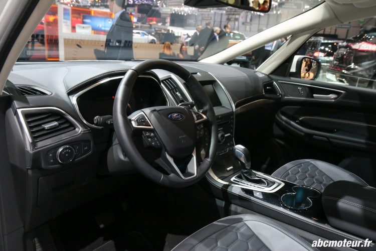 Ford S-Max Vignale interieur Geneve 2016