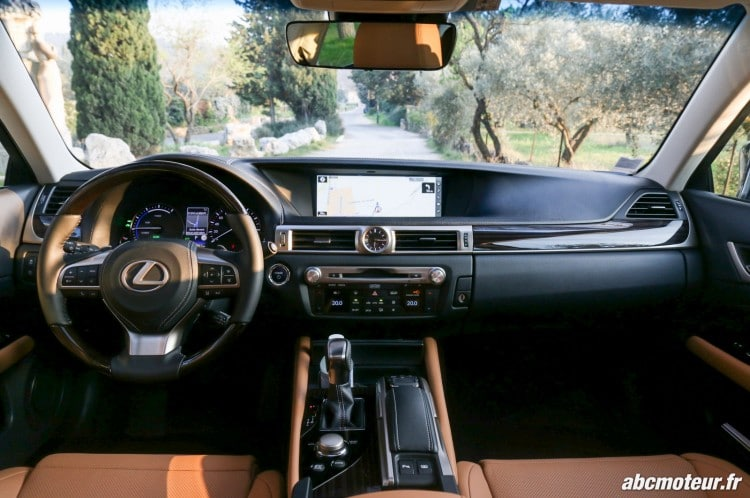 Lexus GS 450h Executive interieur