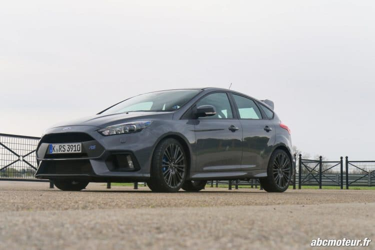 Ford Focus RS 3 avant-14
