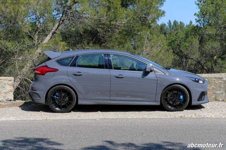 Ford Focus RS 3 profil Gris Stealth