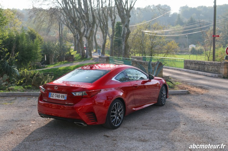 Lexus RC 200t F Sport Executive arriere