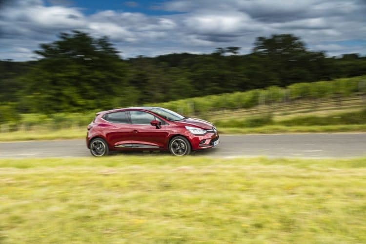 Renault Clio restylage 2016 - 1